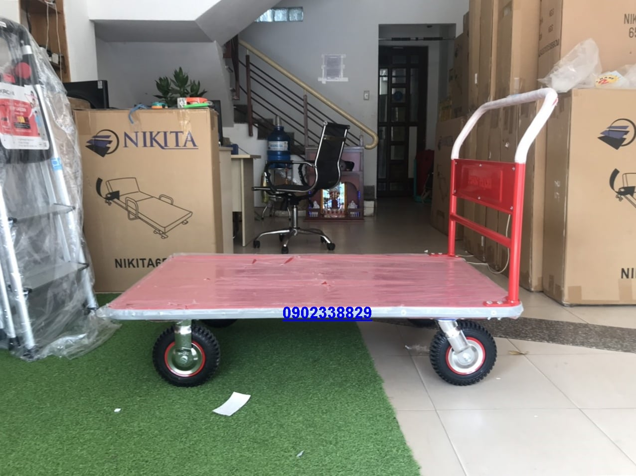 xe đẩy tải trọng 600kg
