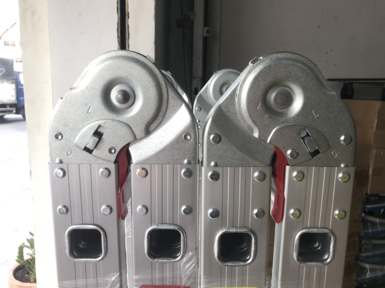 khóa thang nhôm 4 khúc giá rẻ tphcm