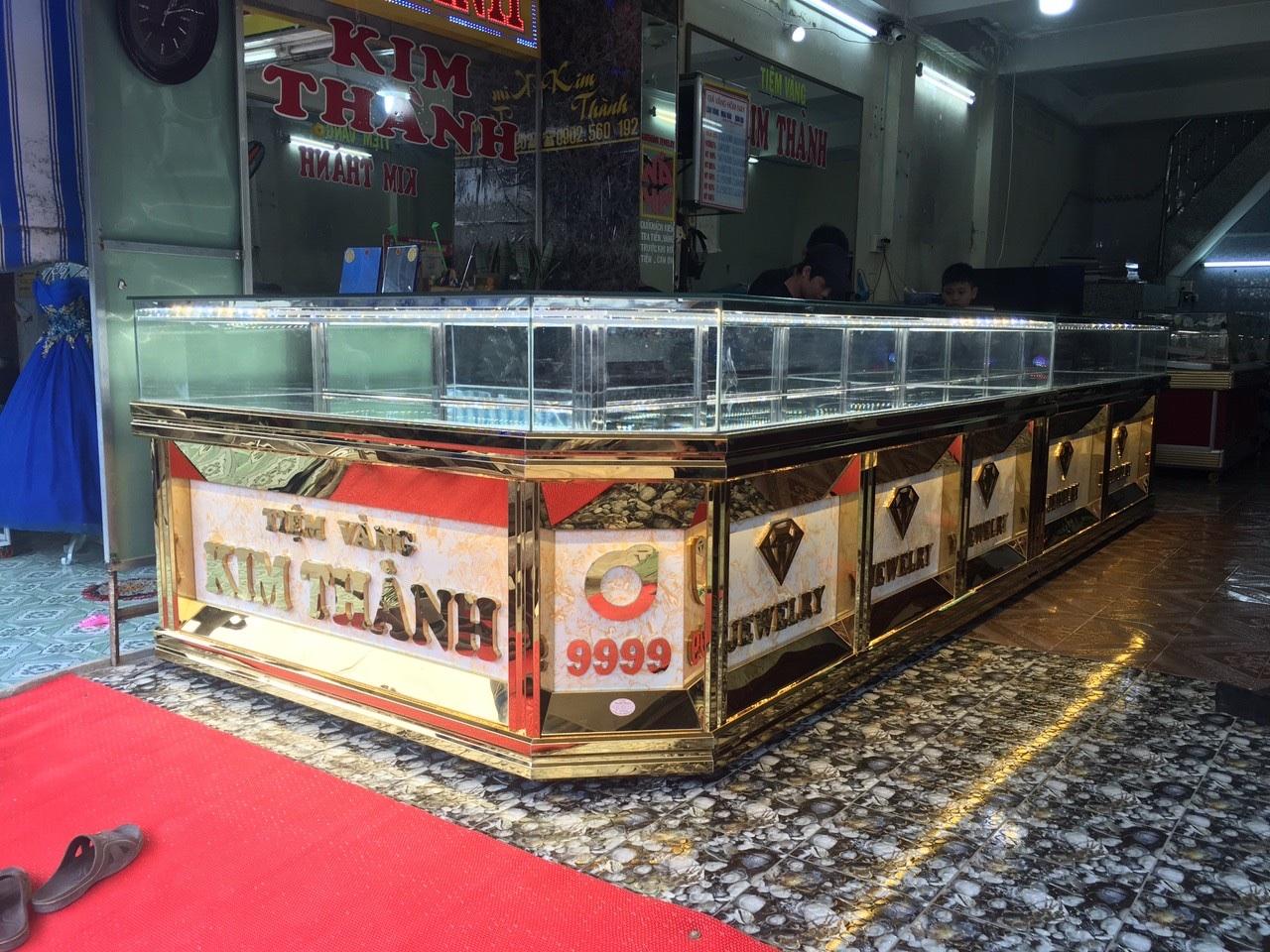 tủ bán vàng
